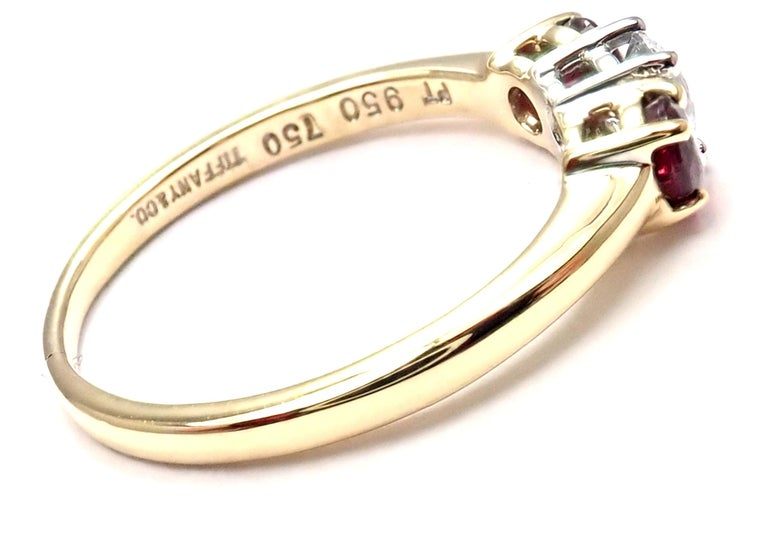 Brilliant Cut Tiffany & Co. Three-Stone Diamond Ruby Yellow Gold Platinum Band Ring For Sale