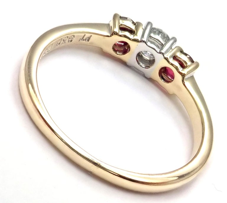 Tiffany & Co. Three-Stone Diamond Ruby Yellow Gold Platinum Band Ring In Excellent Condition For Sale In Holland, PA