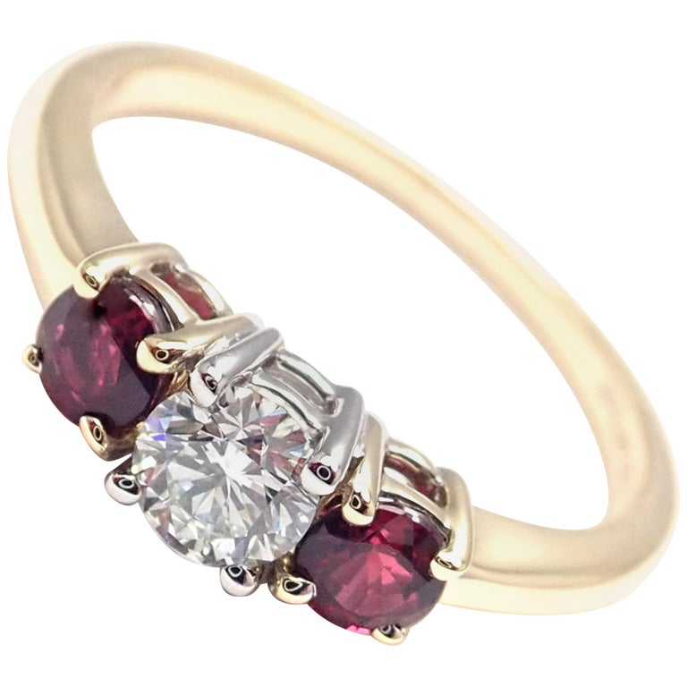 Tiffany & Co. Three-Stone Diamond Ruby Yellow Gold Platinum Band Ring For Sale