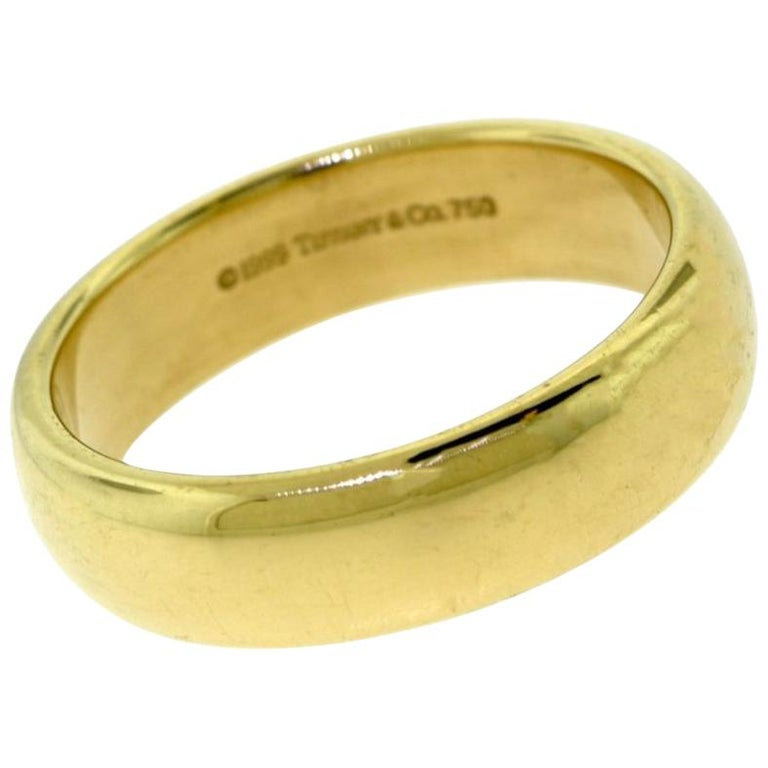 Tiffany & Co. Tiffany 1999 Yellow Gold Classic Band Ring