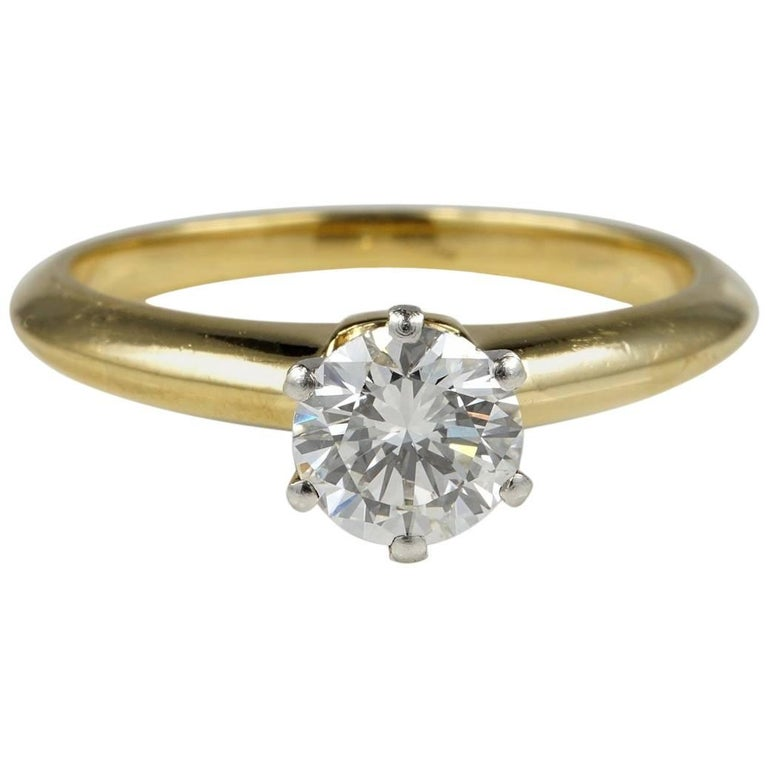 35ae11fd60440 Tiffany & Co. Top Quality Diamond Solitaire Ring