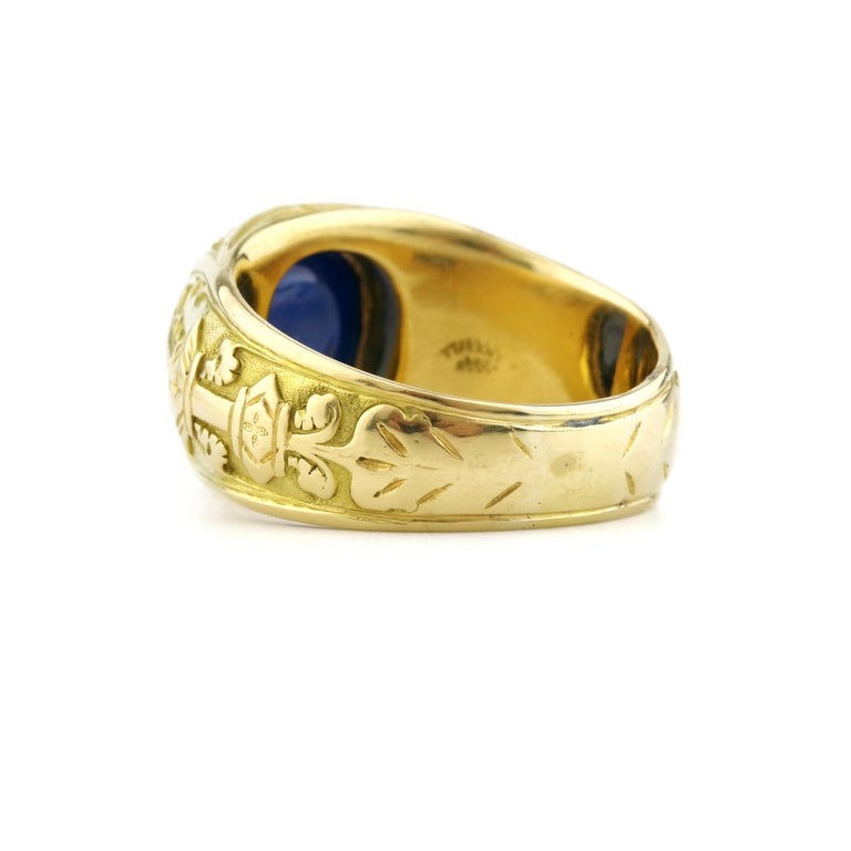 Tiffany & Co. Gilded Age Men's Sapphire Cabochon Ring in Gothic Setting For Sale 4