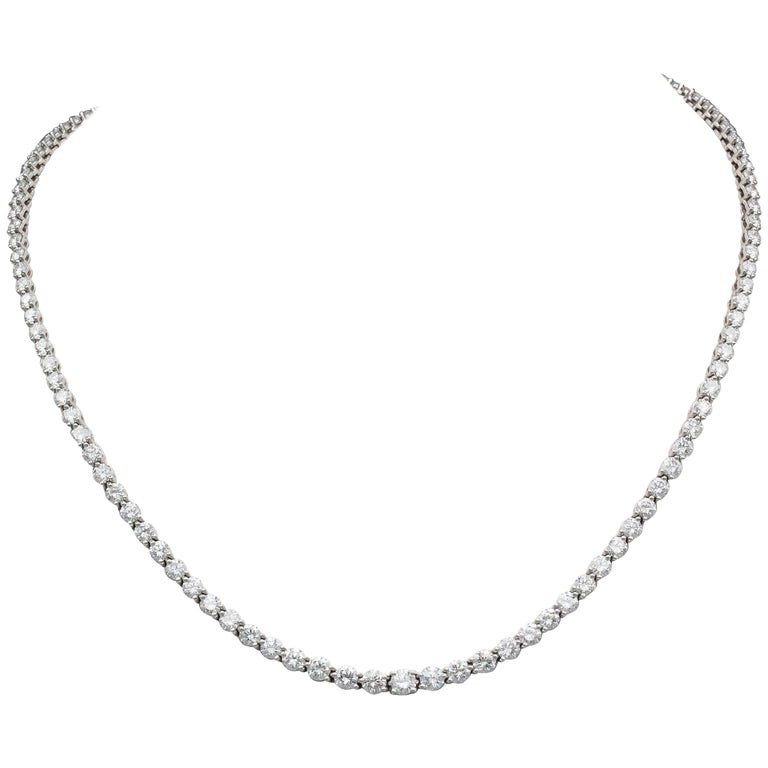 Tiffany & Co. Victoria Diamond and Platinum Graduated Line Necklace For Sale