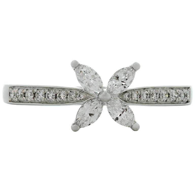Tiffany & Co. Victoria Diamond Platinum Ring In Excellent Condition For Sale In New York, NY