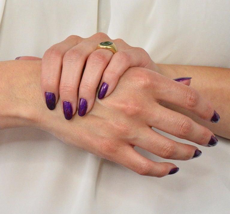 Tiffany & Co. Victorian Intaglio Jade 18 Karat Gold Lion Unisex Signet Ring For Sale 5