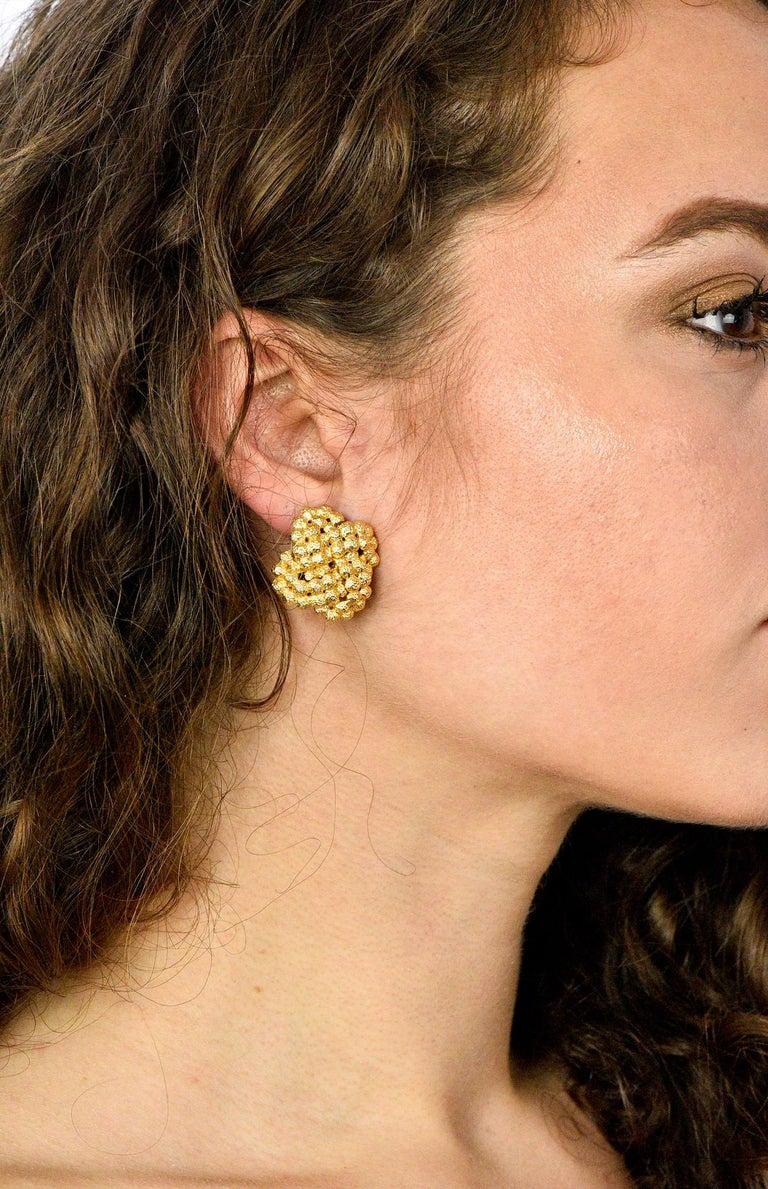 Tiffany & Co. Vintage 18 Karat Gold Cluster Ear-Clip Earrings For Sale 4