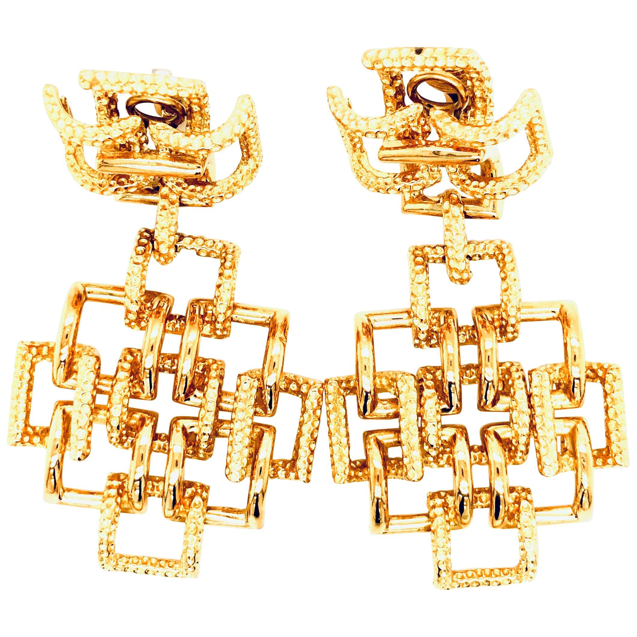 Tiffany & Co. Vintage 18 Karat Gold Earrings