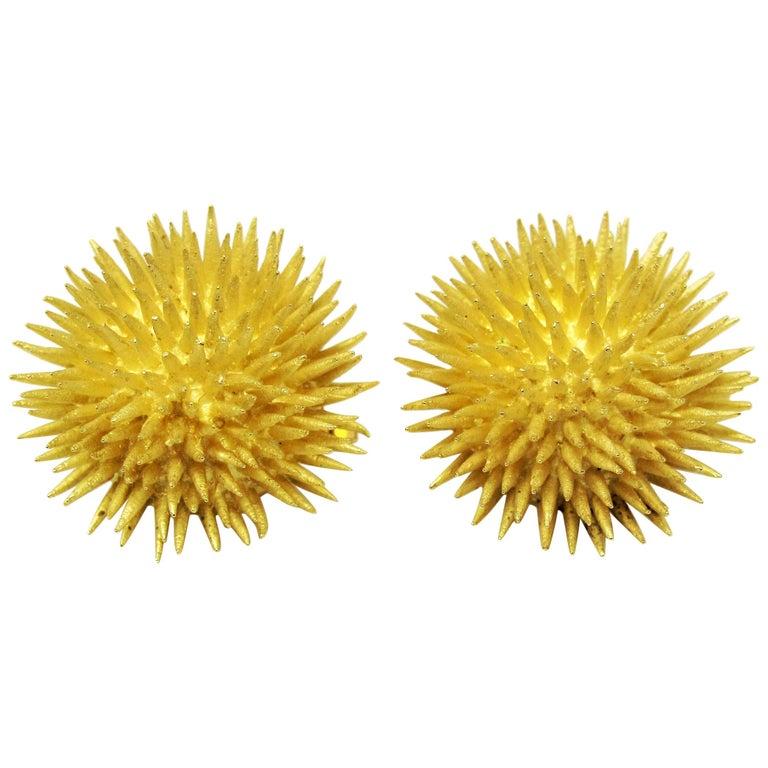 Tiffany & Co. Vintage 18 Karat Yellow Gold Sea Urchin Dome Non-Pierced Earrings For Sale