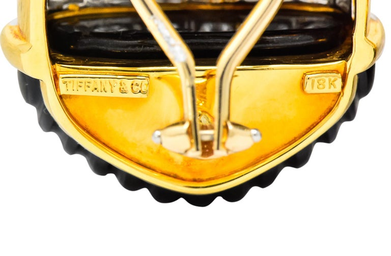 Tiffany & Co. Vintage 1.92 Carat Diamond Onyx 18 Karat Gold Ear-Clip Earrings In Excellent Condition For Sale In Philadelphia, PA
