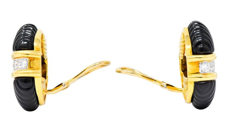 Tiffany & Co. Vintage 1.92 Carat Diamond Onyx 18 Karat Gold Ear-Clip Earrings For Sale 1