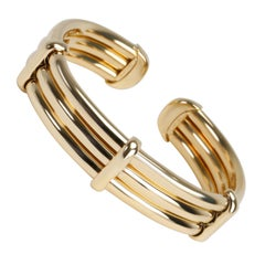Tiffany & Co. Vintage 3-Row Tubular Bangle in 18 Karat Yellow Gold