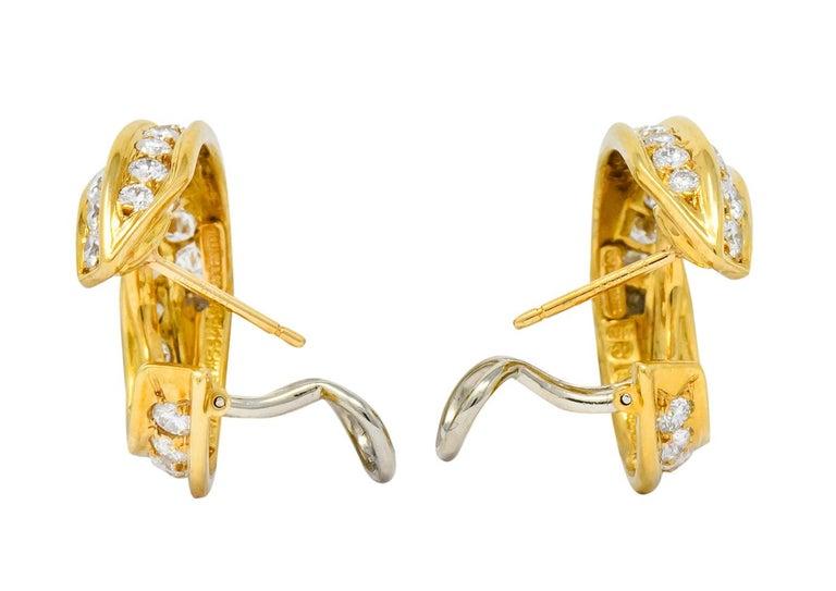 Women's or Men's Tiffany & Co. Vintage 3.48 Carat Diamond 18 Karat Gold Hoop Swirl Earrings For Sale