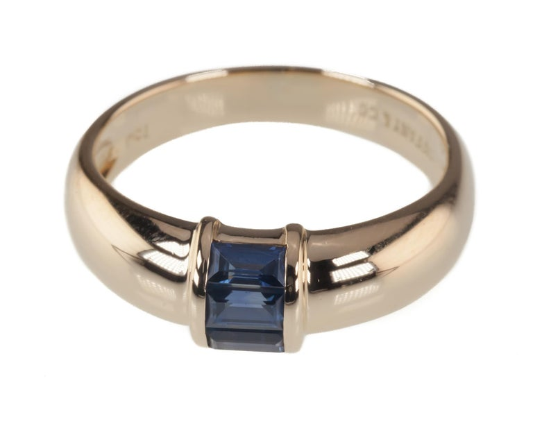 Tiffany & Co. Vintage Baguette Sapphire Ring in Yellow Gold with Box In Good Condition For Sale In Sherman Oaks, CA