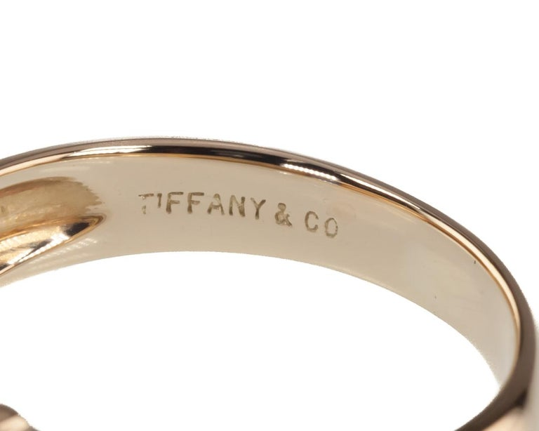 Tiffany & Co. Vintage Baguette Sapphire Ring in Yellow Gold with Box For Sale 1