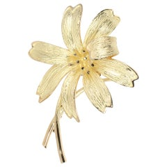 Tiffany & Co. Vintage Flower Brooch in 18 Karat Yellow Gold