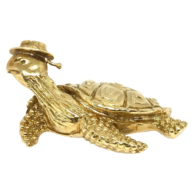 Tiffany & Co. Vintage Hammered Yellow Gold Sea Turtle Brooch Pin For Sale