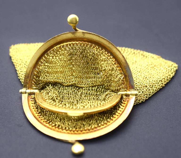 Tiffany & Co. Vintage Mesh Purse 18 Karat Yellow Gold In Good Condition For Sale In MIAMI, FL