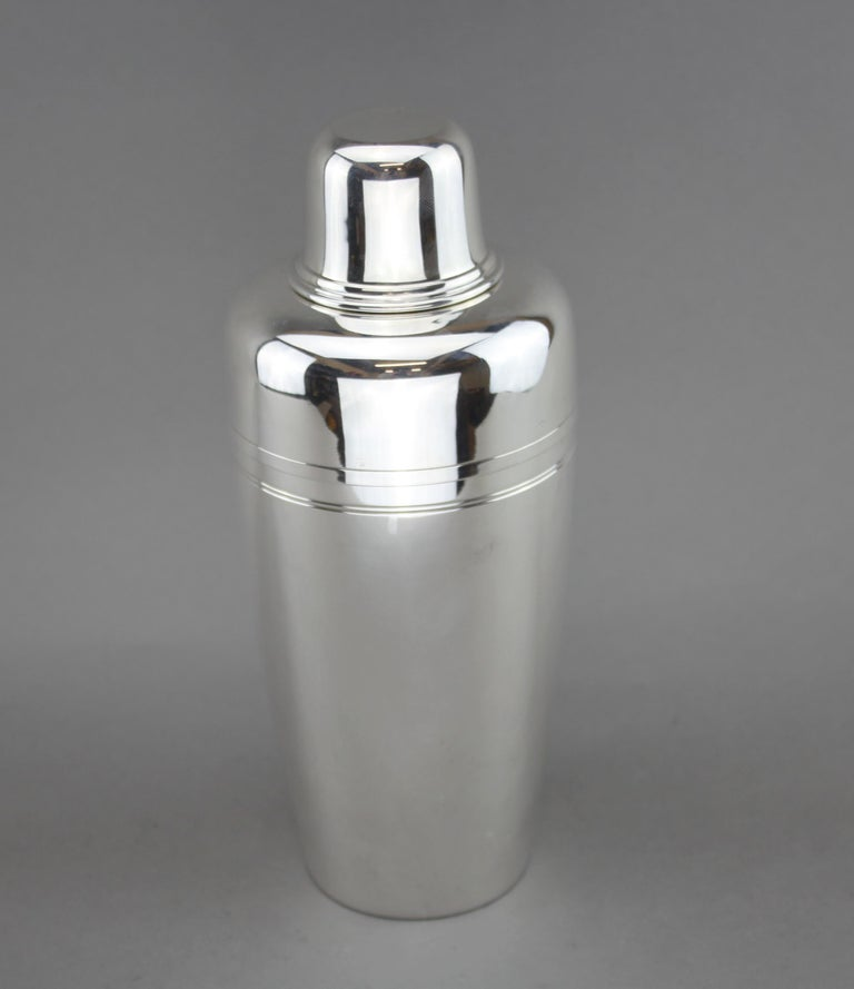 39b92394114 Vintage sterling silver cocktail shaker. Made by Tiffany   Co