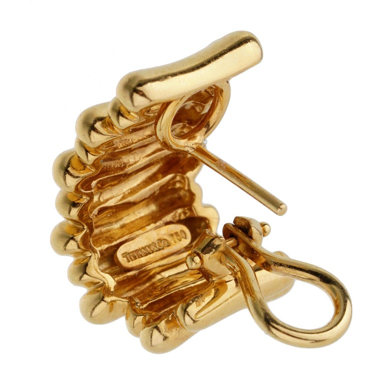 Women's or Men's Tiffany & Co Vintage Yellow Gold Earrings For Sale