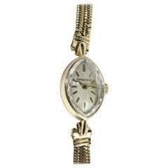 Tiffany & Co. Watch Ladies 14 Karat Yellow Gold Oval Face Wristwatch, 1940s