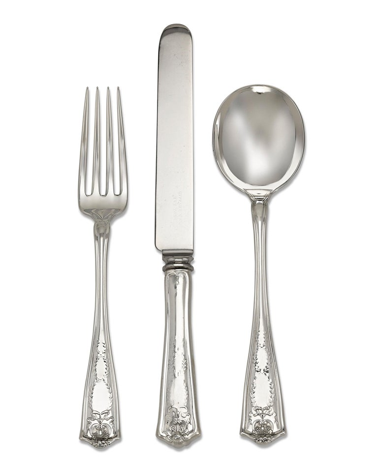 Tiffany & Co. Winthrop Silver Flatware Service In Excellent Condition For Sale In New Orleans, LA