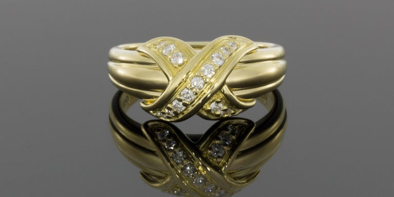 Tiffany & Co Yellow Gold 0.18 Carat Round Diamond Statement Ladies Fashion Ring In Excellent Condition For Sale In Columbia, MO