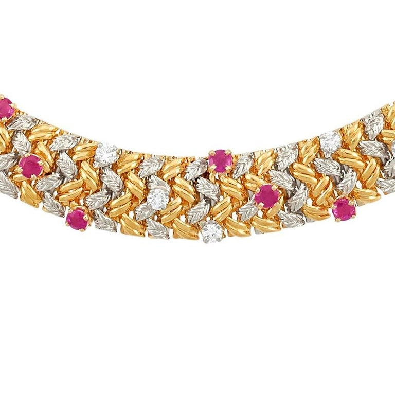 Tiffany & Co. Yellow Gold 18 Karat Diamond and Ruby Collar Necklace In Excellent Condition For Sale In New York, NY