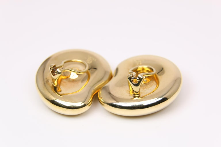 Tiffany & Co. Yellow Gold Clip-On Bean Peretti Earrings In Good Condition For Sale In Dallas, TX