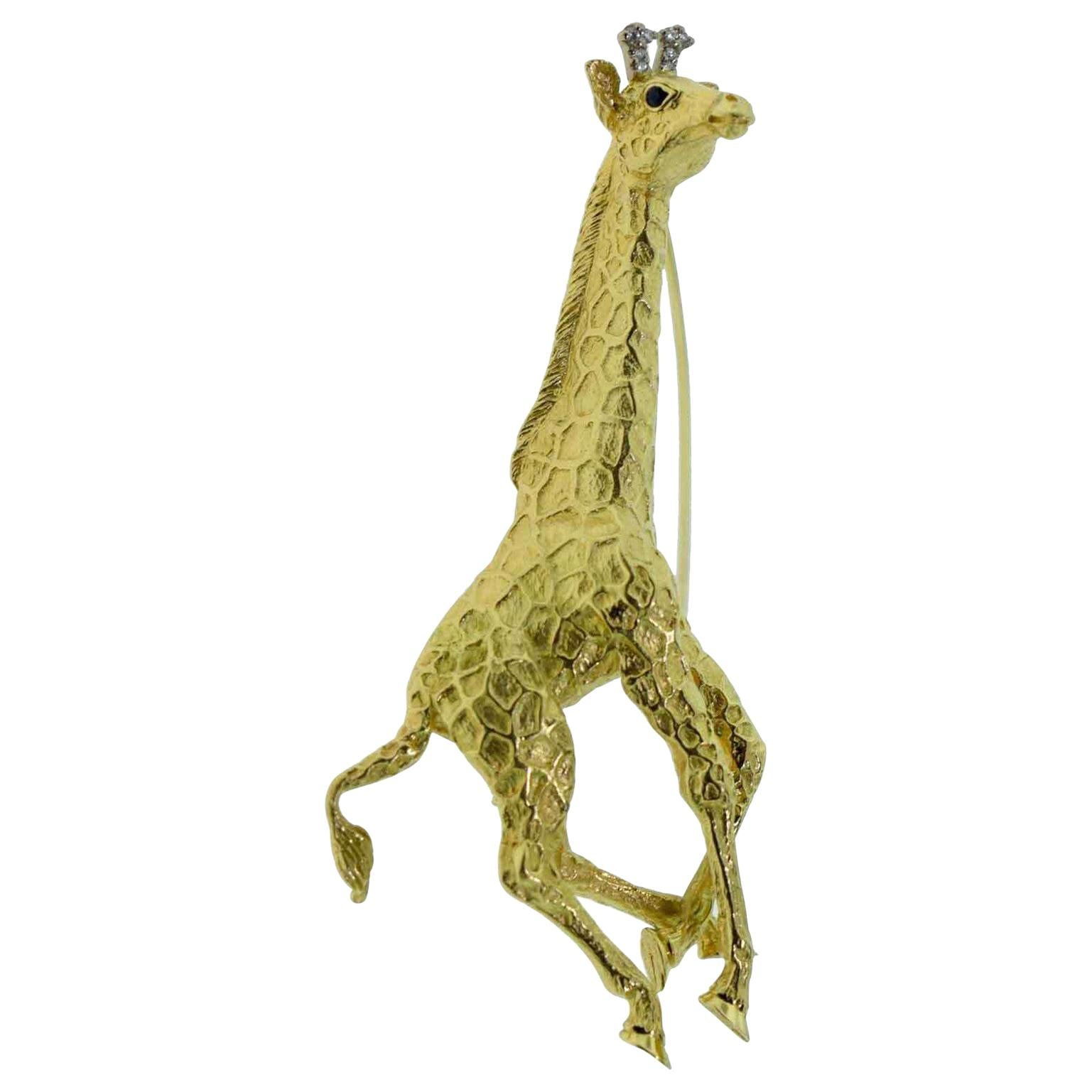 Tiffany & Co. Yellow Gold Diamond and Sapphire Giraffe Brooch Pin, 1991