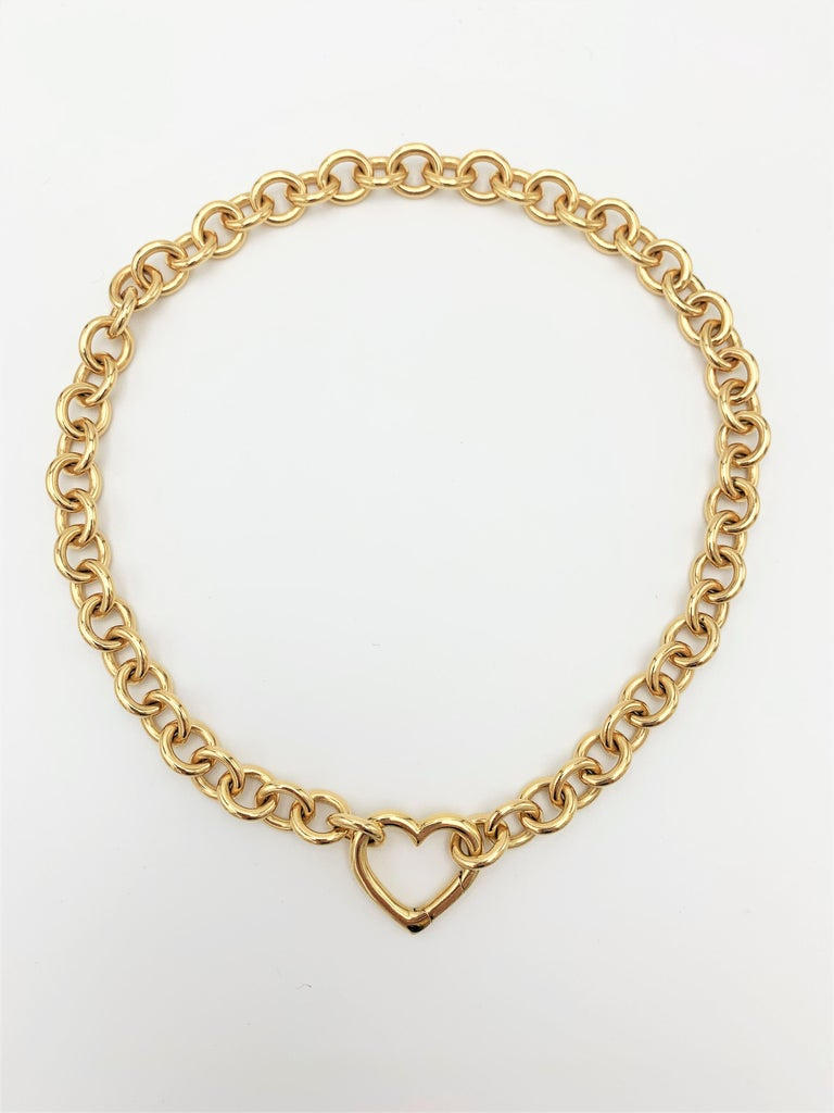 Tiffany & Co. Yellow Gold Heart Pendant Curb Link Chain Necklace In Excellent Condition For Sale In New York, NY