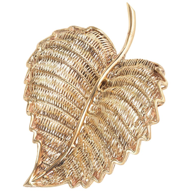 Tiffany & Co. Yellow Gold Midcentury Wire Leaf Brooch For Sale