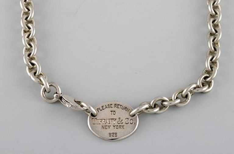 Tiffany & Company (New York). Necklace with pendant in sterling silver. 1960's. Full length: 39.5 cm. In very good condition. Stamped.