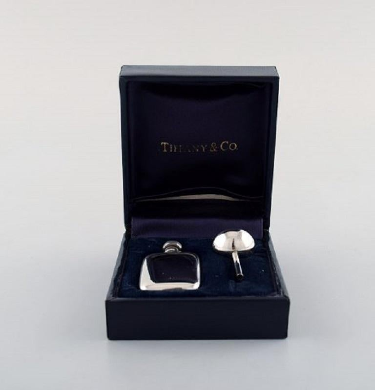 Tiffany & Co. 'New York', Rare Art Deco Perfume Set in Sterling Silver For Sale 2