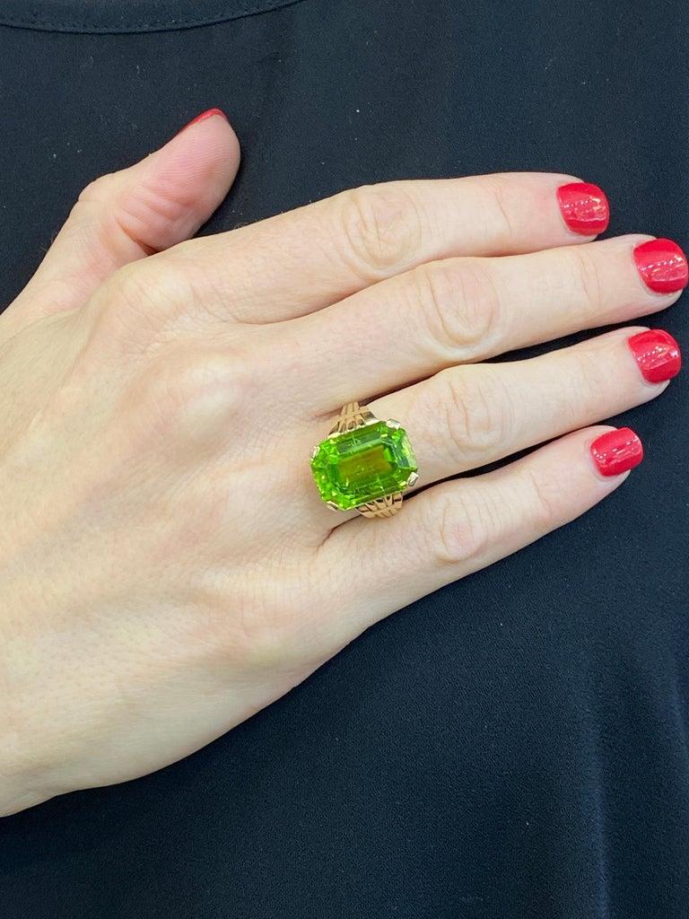 Modern Tiffany & Co. Vintage Emerald Cut Peridot Yellow Gold Ring