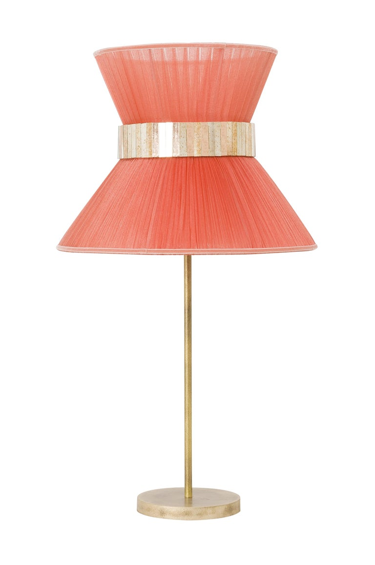 Tiffany Contemporary Table Lamp peach Silk Silvered Glass Brass Canopy In New Condition For Sale In Pietrasanta, IT