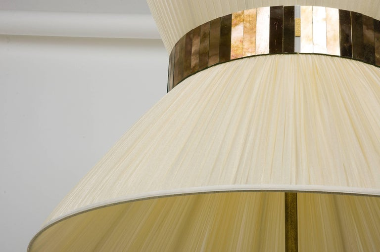 Tiffany Floor Lamp ivory Silk, Antiqued Brass, Silvered Glass Handmade    In New Condition For Sale In Pietrasanta, IT