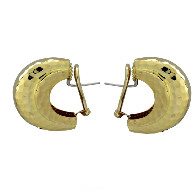 Modern Tiffany & Co. Hammered 18 Karat Yellow Gold Lever Back Hoop Earrings For Sale