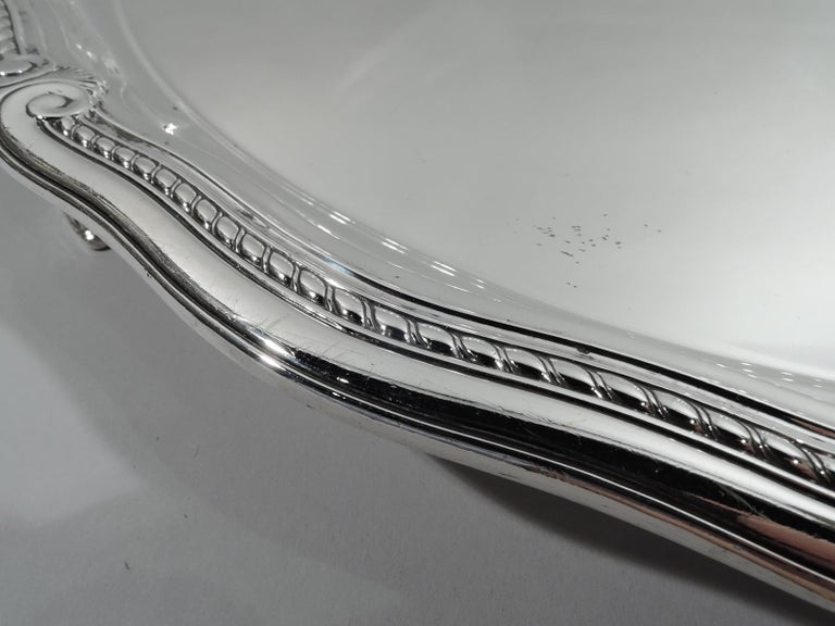 Tiffany Large & Heavy Edwardian Classical Sterling Silver Footed Tray In Excellent Condition For Sale In New York, NY