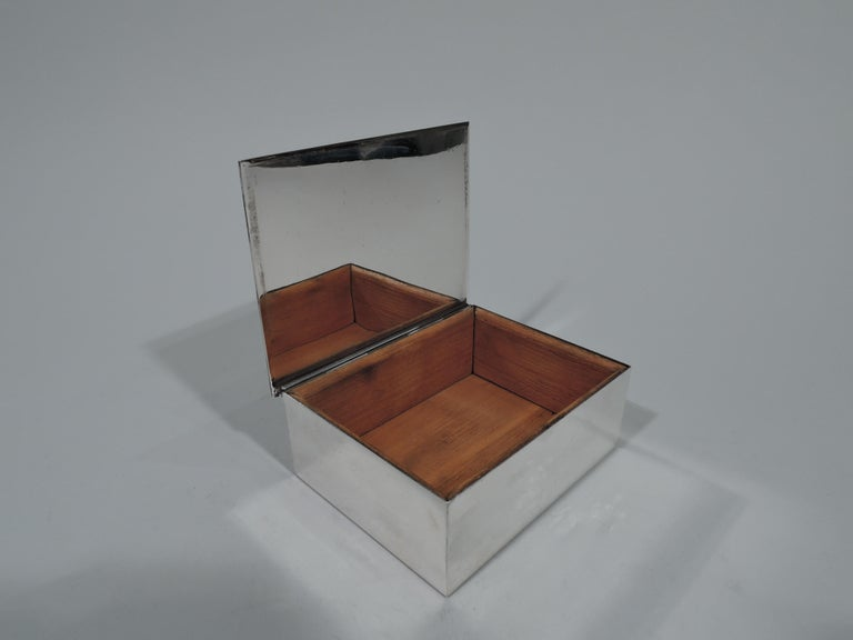 Mid-Century Modern Tiffany Modern and Compact Sterling Silver Box For Sale