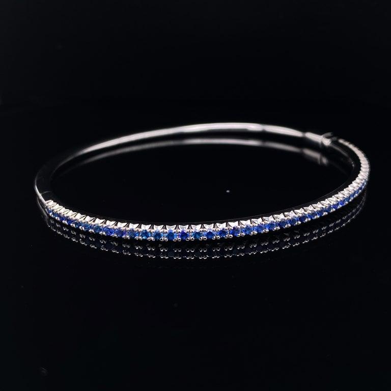 Modern Tiffany & Co. Sapphire Bangle 18 Karat White Gold For Sale