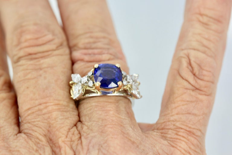Tiffany & Co. Schlumberger Double Bee Ring with Blue Sapphire Diamonds For Sale 4