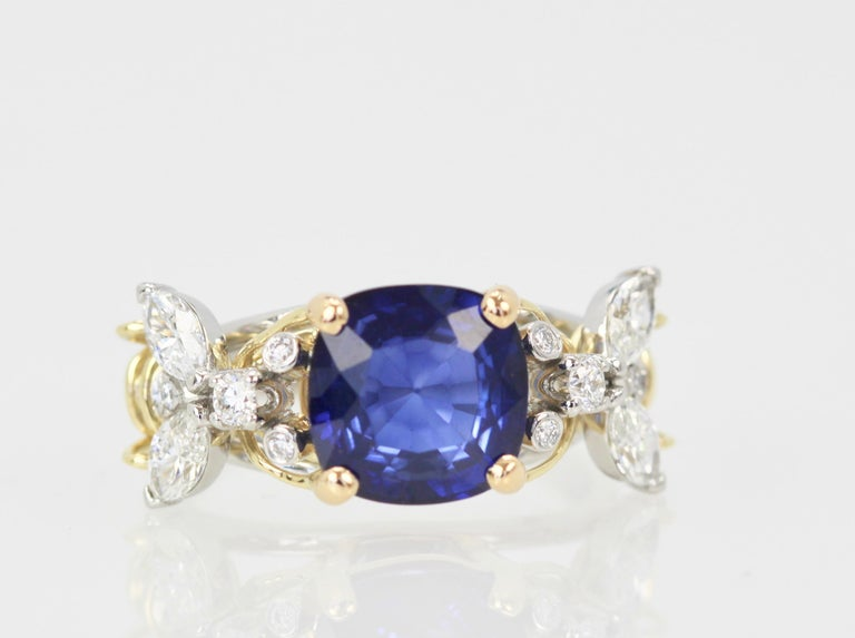 Tiffany & Co. Schlumberger Double Bee Ring with Blue Sapphire Diamonds For Sale 5