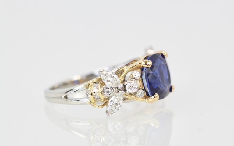Tiffany & Co. Schlumberger Double Bee Ring with Blue Sapphire Diamonds For Sale 2