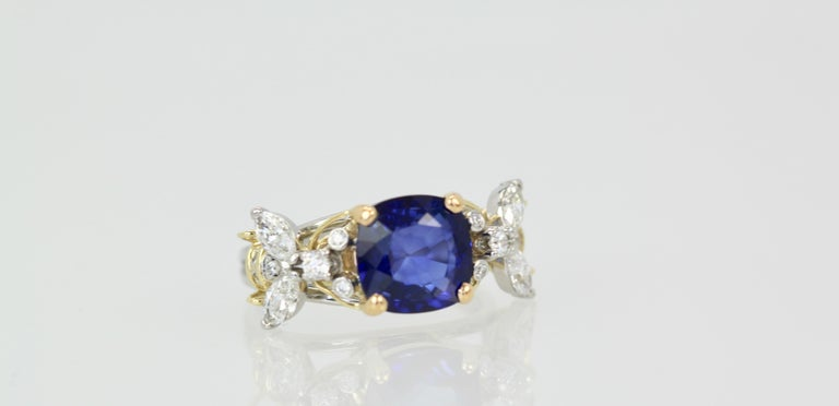 Tiffany & Co. Schlumberger Double Bee Ring with Blue Sapphire Diamonds For Sale 3