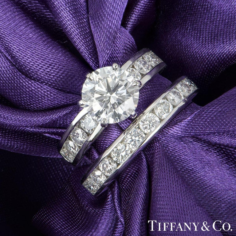 Tiffany Setting Collection Diamond Solitaire Ring & Eternity Band 2.04ct F/VS1 In Excellent Condition For Sale In London, GB