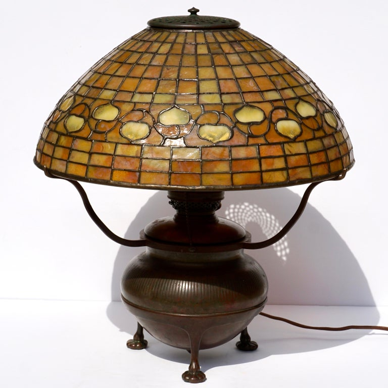 Art Nouveau Tiffany Studios Acorn Table Lamp