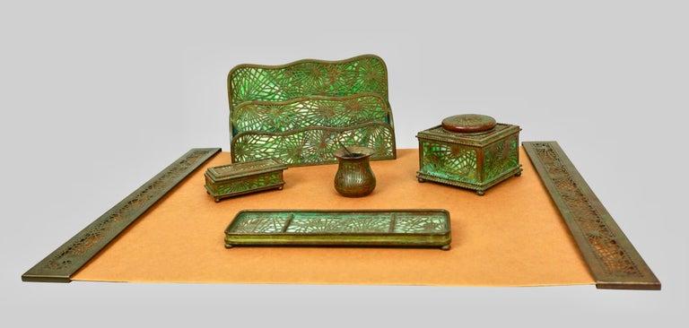Art Nouveau Tiffany Studios Bronze and Glass Pine Needle Pattern 6 Piece Desk Set For Sale