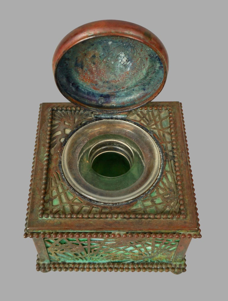 Tiffany Studios Bronze and Glass Pine Needle Pattern 6 Piece Desk Set For Sale 2