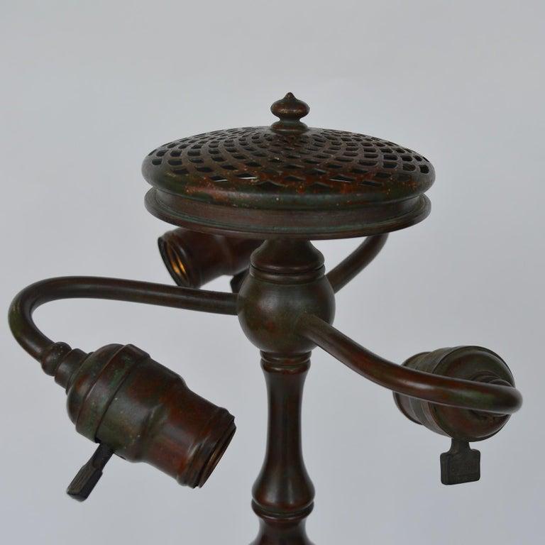Tiffany Studios Lemon Leaf Table Lamp For Sale 7