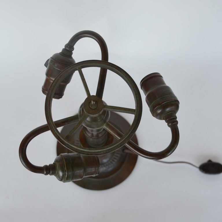 Tiffany Studios Lemon Leaf Table Lamp In Good Condition For Sale In Los Angeles, CA